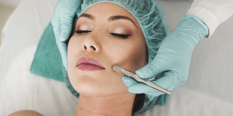 cosmetic surgeons: cosmetic surgery